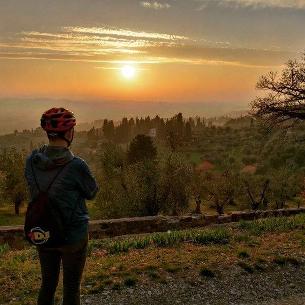 Escursioni a Piedi Bicicletta Toscana